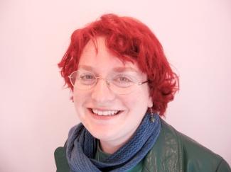 Gill Hoffs (1)